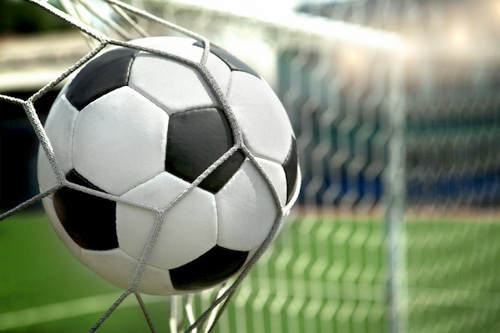 У футбола женское лицо