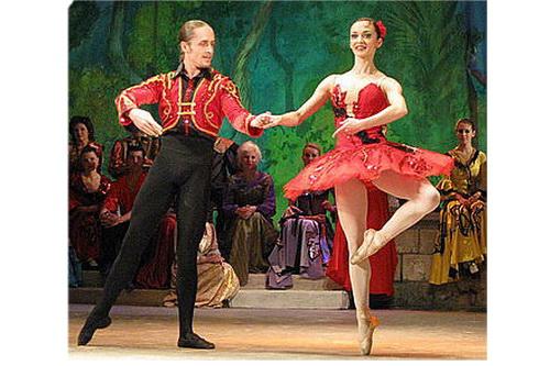 Литвина танцует Кремль!