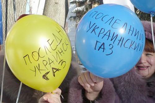 Тимошенко из власти не уйдет, пока в стране будет хоть один кубометр газа