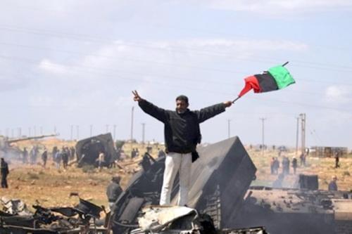 Живой Каддафи западу не нужен