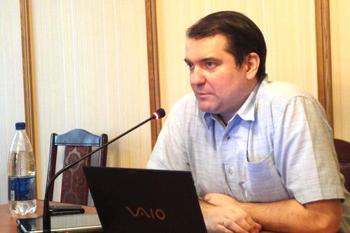 Владимир Корнилов: Безоблачных союзов не бывает