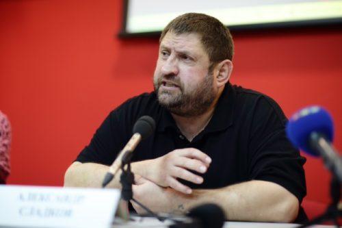 Уже и геи диктуют условия Украине…