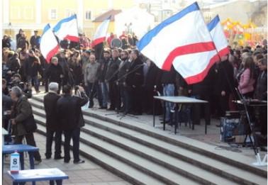 Противостояние в Симферополе. Пока на словах