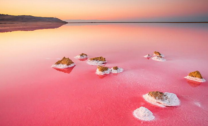 Кояш, розовое озеро Крыма