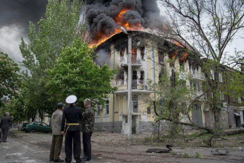 Весь Симферополь вышел отметить День Победы (ВИДЕО)