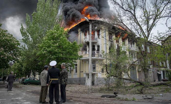 Что же произошло в Мариуполе 9 мая?