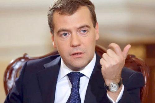 Эстонцы выслали Кьеза. Вышлют и Меркель?