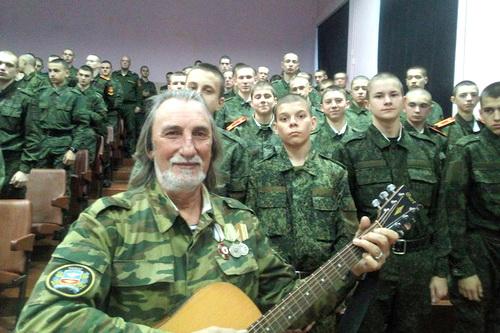 Муза Новороссии и другие приключения в ЛДНР двух крымских поэтов
