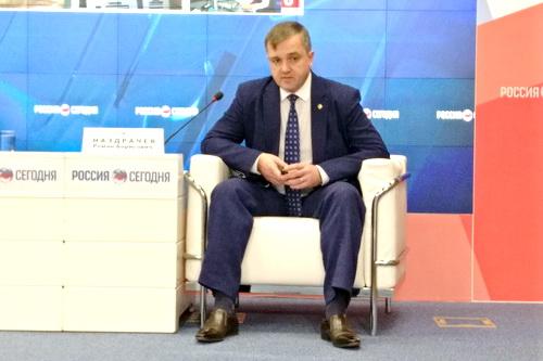 Налоговики поздравляют с Новым годом всех крымчан 5 (2)