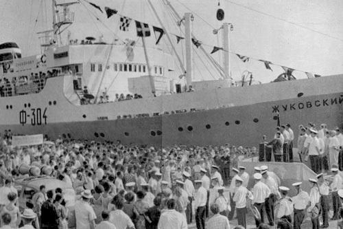 Сигнал «SOS» подает рыболовецкий флот