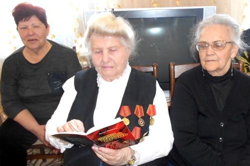 По Крыму идет Весна освобождения