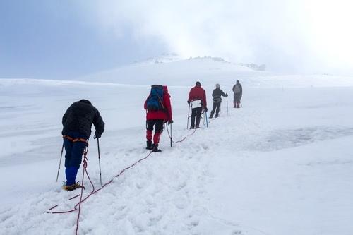 На Эльбрус — по честному маршруту