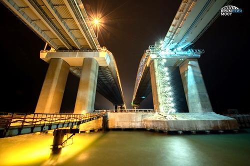 Готовы все железнодорожные опоры Крымского моста