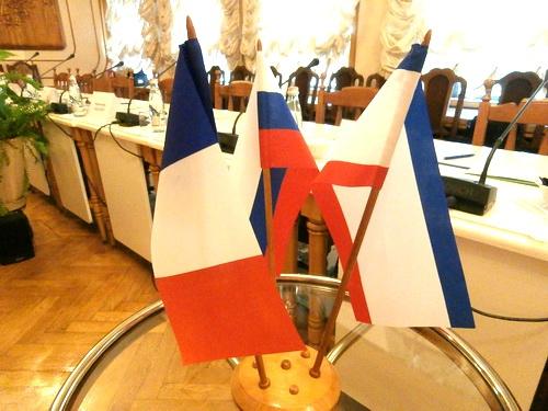 Как французы в Крыму дырочку в плотине проделывали