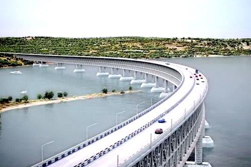 На конкурс песен и стихов про Крымский мост поступило 1000 работ