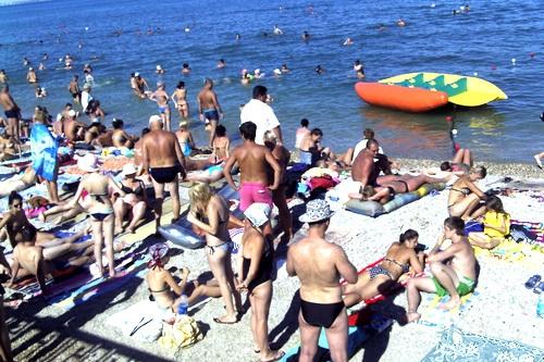 Лето. Всем — отдыхать! И, конечно, — в Крыму