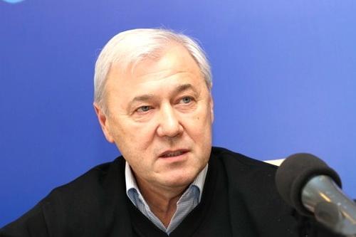 Безазиев недоволен работой Смирнова