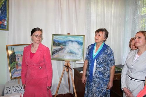 О творчестве Ларисы Сергеевой ее картины лучше всего расскажут сами!