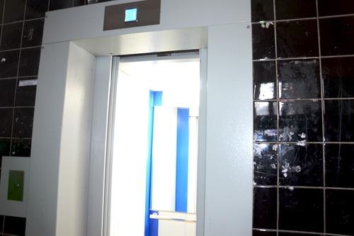 В ялтинских многоэтажках запустили новые лифты 0 (0)