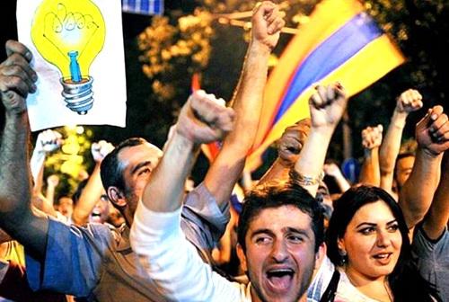 Армения: экономика, ставшая политикой