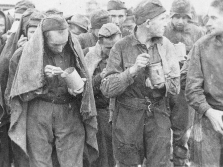 Русские военнопленные и немецкий солдат 0 (0)
