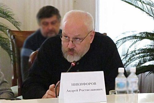 Высокое народное творчество на сценах Крыма