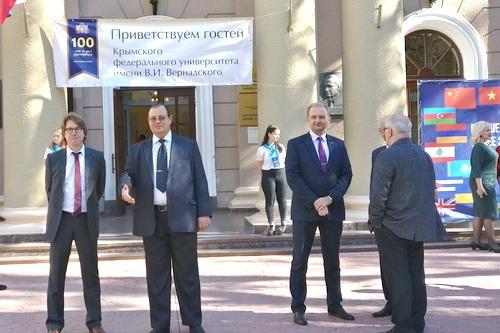 Российско-украинские отношения – парадокс нынешнего времени
