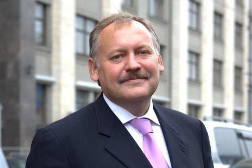 Госдума дала ход законопроектам Затулина по правам соотечественников