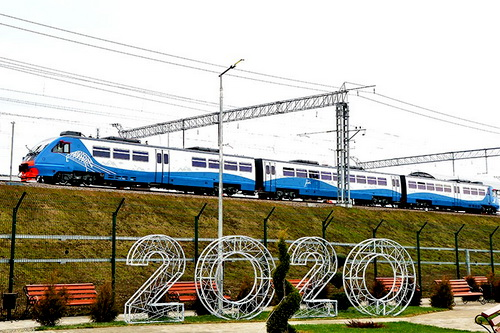 Владимир Путин открыл движение поездов в Крым