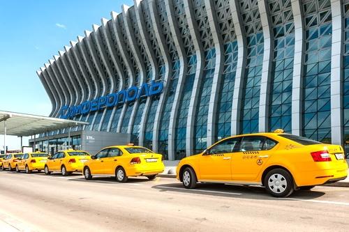 Такси в аэропорту Симферополь стало доступнее благодаря новой услуге