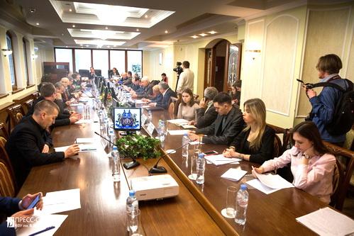Владимир Косов обещает новые премьеры
