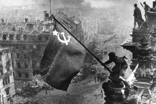 В память партизан и воинов-односельчан Партизанского