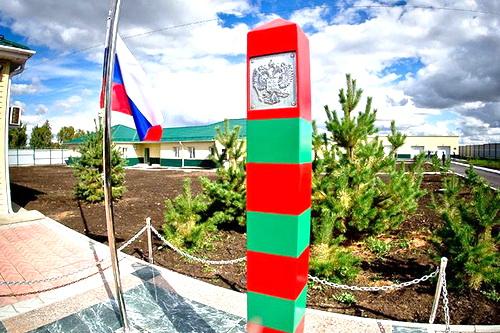 В Симферополе открыли памятник героям-пограничникам
