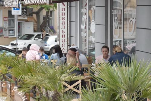 В Ялте возобновили работу летние площадки кафе и ресторанов 5 (1)