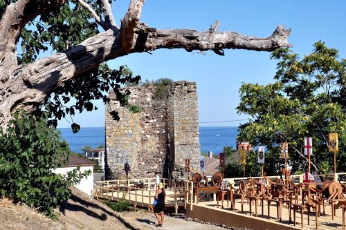 Крепость Алустон открылась как музей 5 (2)