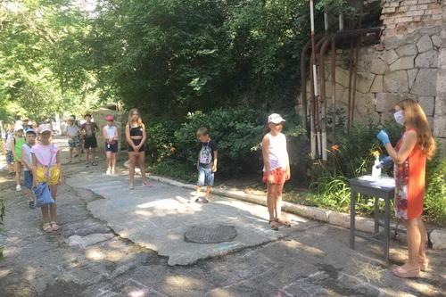 В Ялте открылись летние оздоровительные лагеря