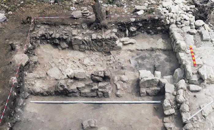 Археологи обнаружили центральную городскую площадь Эски-Кермен