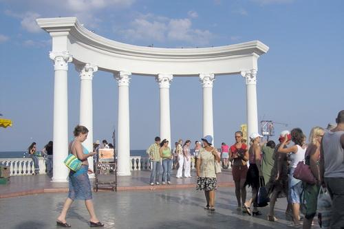 «Русскому единству» подпорки не нужны