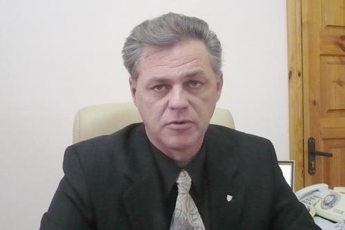 Владимир Константинов: «Развалить до фундамента и построить заново»