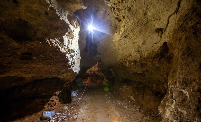 В пещере «Таврида» обустраивают подземный туристический маршрут