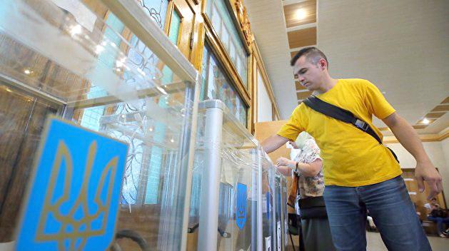 Старт избирательной кампании в регионах Украины преподносит сюрпризы
