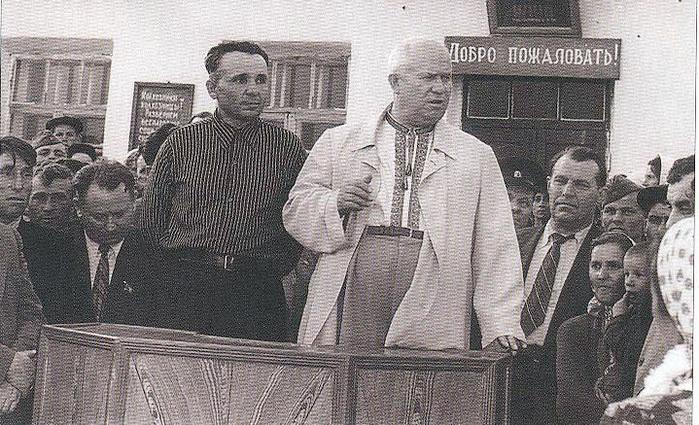 Россия и Украина: кто в ответе за советское прошлое?