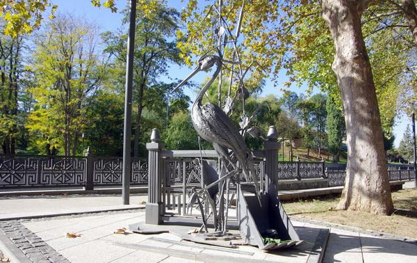 Народный памятник доброй цапле по имени Сима