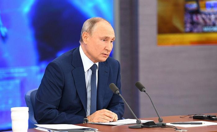 В. Путин: Россия как поддерживала Донбасс, так и будет поддерживать!