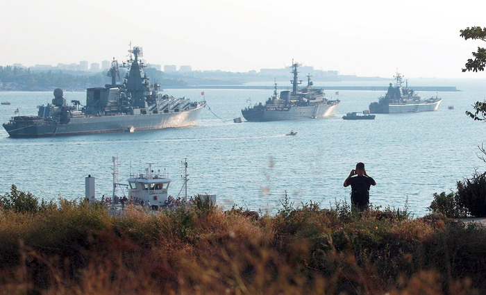 На Черноморском ТВД*: мы мирные люди, но…