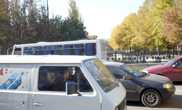 В Крыму выводят доходы перевозчиков из тени