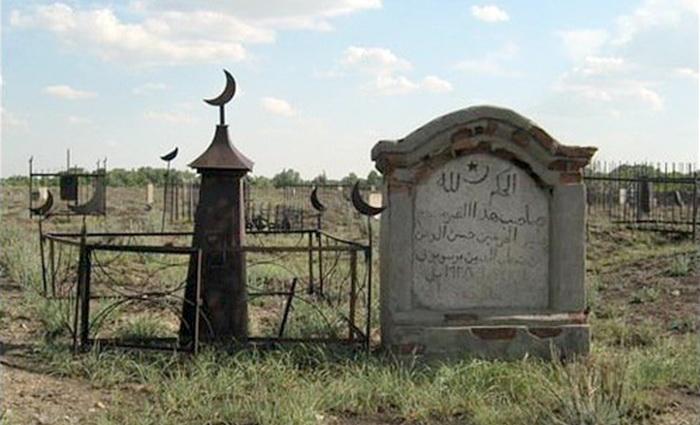 Как Киев мусульманам Севастополя в кладбище отказал