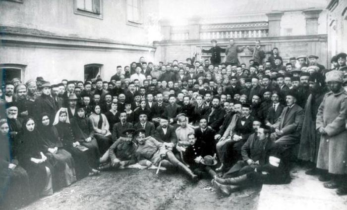 Об истоках мифа о никогда не существовавшей Крымской республики