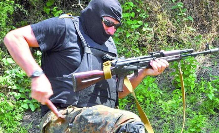 Садисты и уголовники со всего света стекаются на Украину