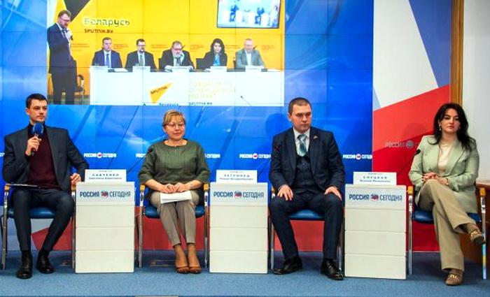 Белоруссия: совместный бизнес — это хорошо, но Крым пора признать